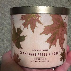 BBW champagne apple&honey 3 wick candle
